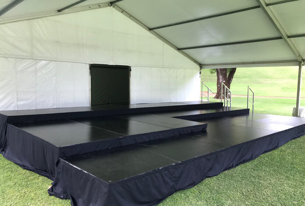 Black gloss tiered stage