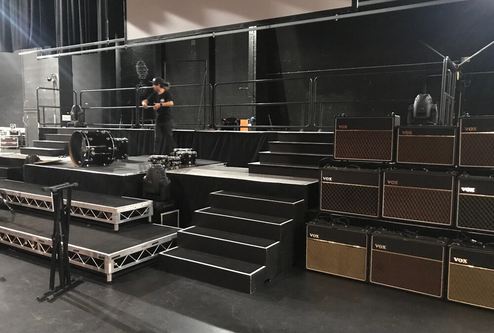 Multi-leveled stage at Crown Theatre